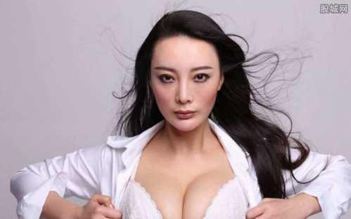 全婐艺术照女_全捰艺术照 王李丹妮全婐艺术照